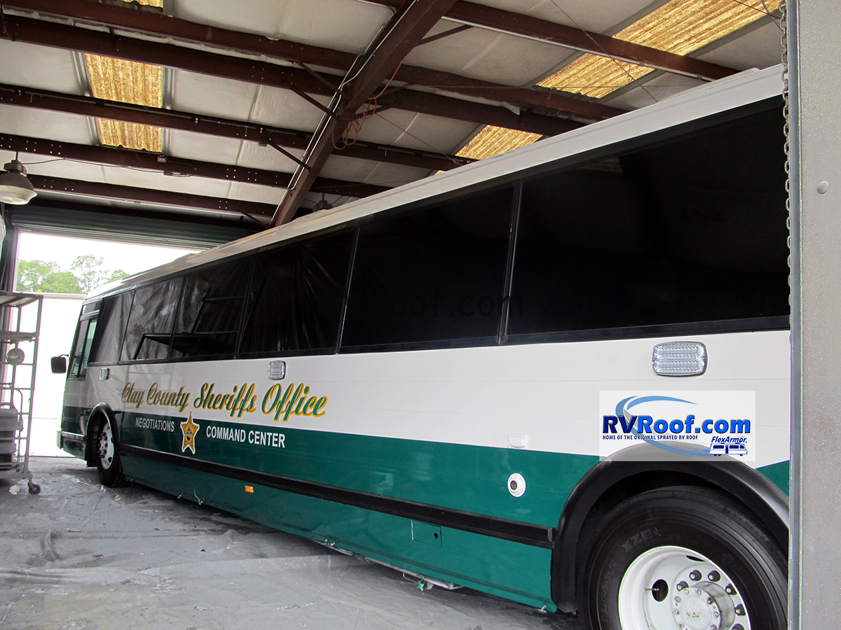 Clay-county-Sherrif_s-office-mobile-command-center-with-our-seamless-sprayed-rv-roof
